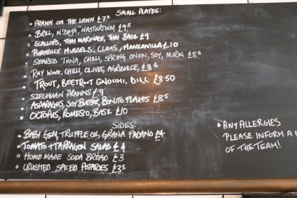Menu at Prawn on the Lawn